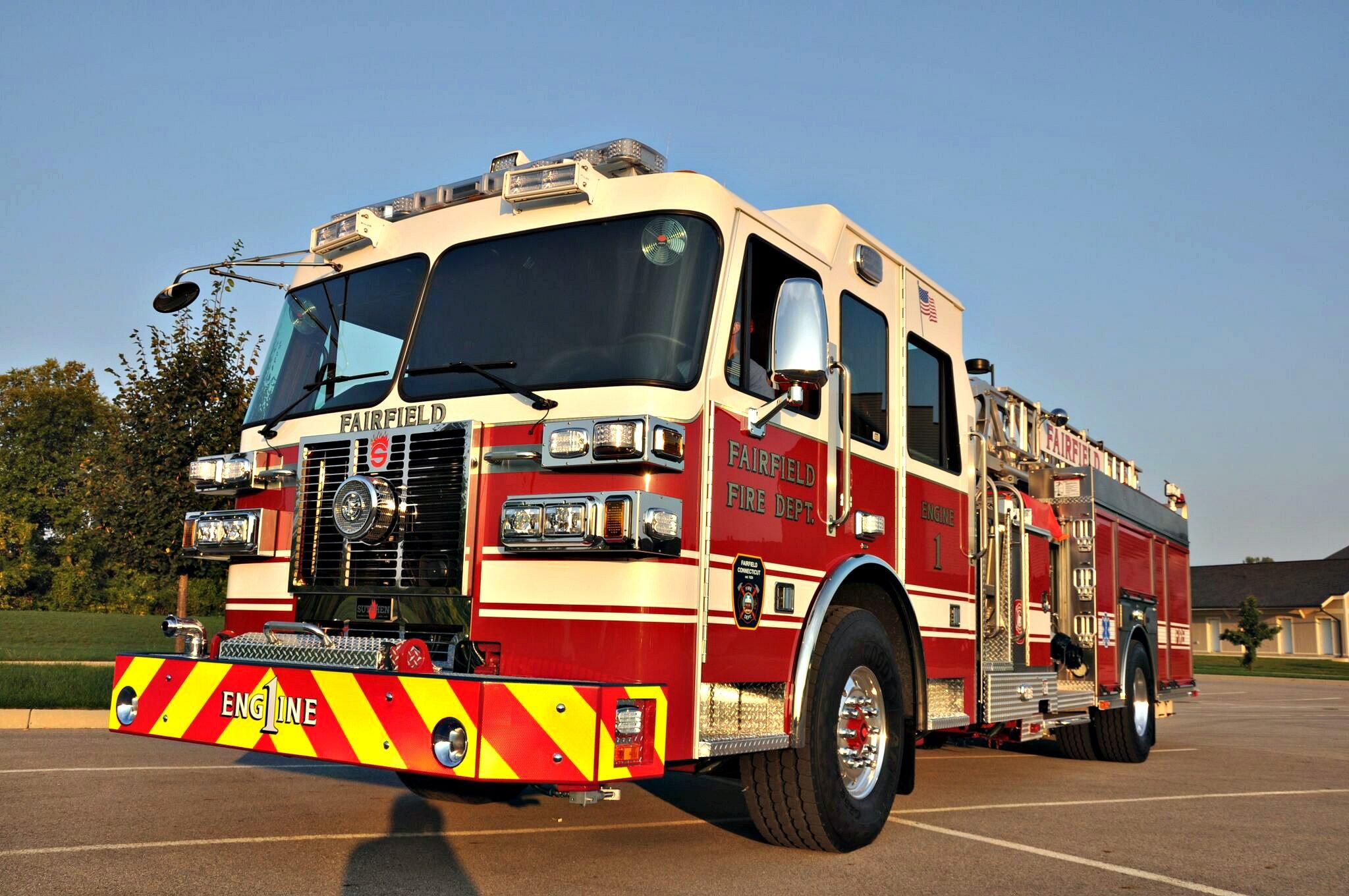 SL 75 Aerial Ladder, Fairfield, CT