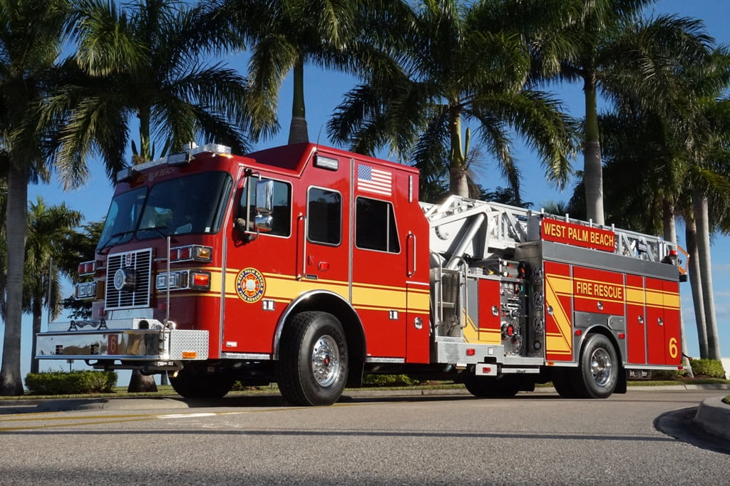 Heavy Duty Truck >> West Palm Beach Fire Rescue | Sutphen